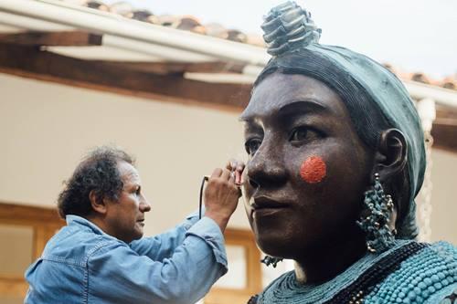 Bolivian sculptor and artist Juan Bustillos