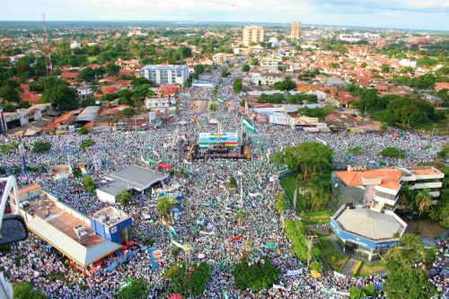 Cabildo del Mllón - One Million Attend an Open Town Hall in 2006 Santa Cruz, Bolivia