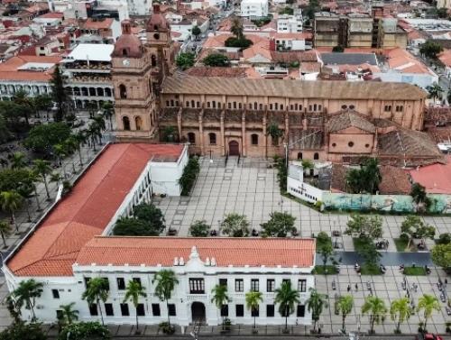 Manzana Uno Art Gallery Santa Cruz Bolivia