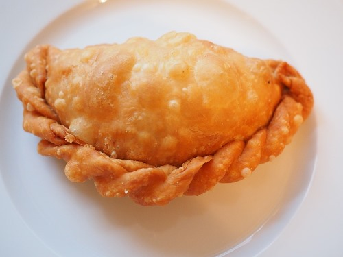 bolivia food recipes empanada frita de pollo