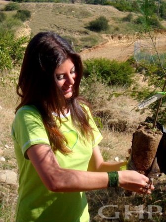 Planting trees with Greenhearts Project