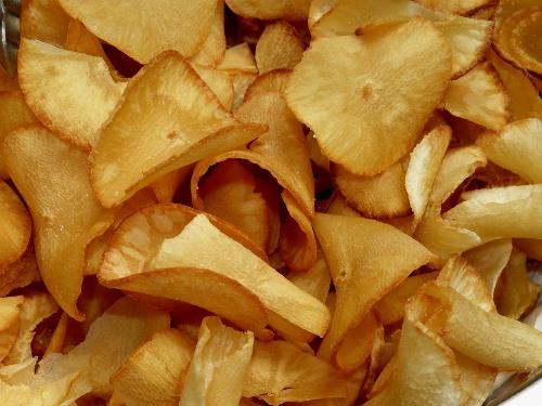 Bolivian Food and Recipes - Chipilo de Yuca - Yucca Chips