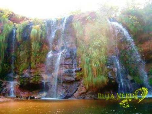 samaipata bolivia cuevas waterfalls
