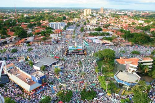 Cabildo del Mllón - One Million Attend an Open Town Hall in 2006 Santa Cruz, Bolivia