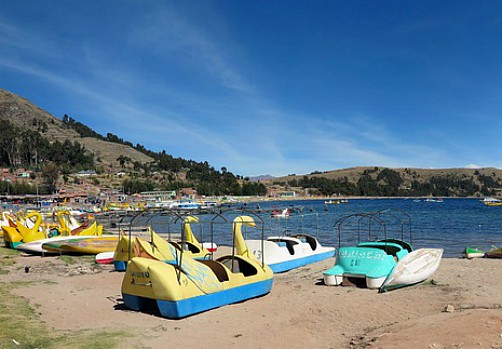 Hotels and Hostels in Copacabana - Lake Titicaca