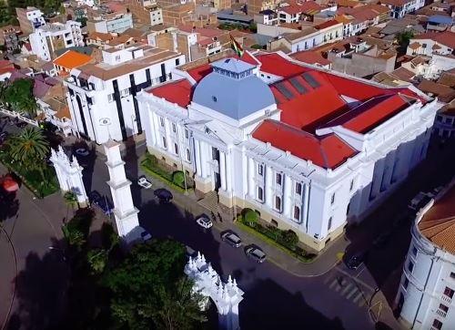 Bolivia Tourism: Sucre Travel Guide