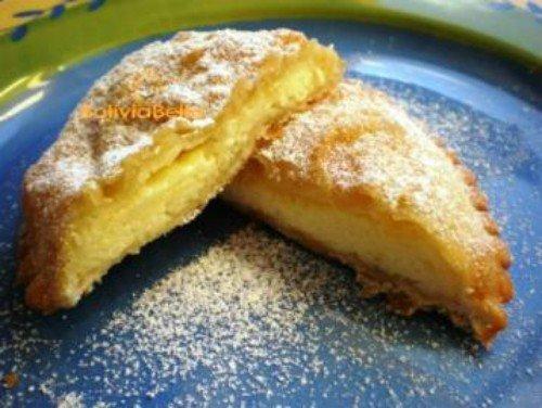 Bolivian food recipes snacks empanadas de queso