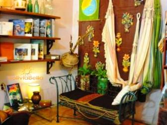 Candles, incense, painting, home decor in Santa Cruz, Bolivia