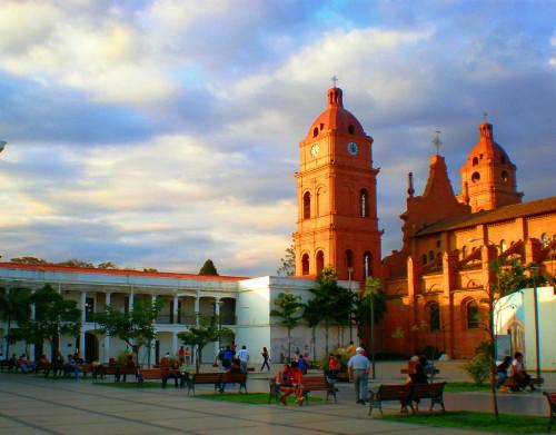 plazas and parks santa cruz bolivia