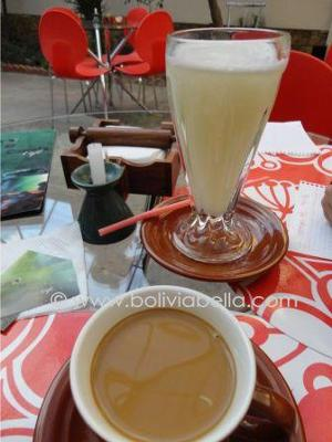 Frothy lemonade, great café con leche (coffee with milk)